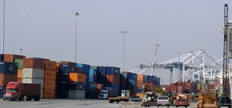 Trump's trade war cut $7.8bn from US economy in 2018, study says